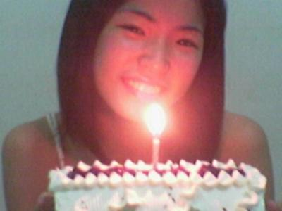 Bea\\\'s pic with cake